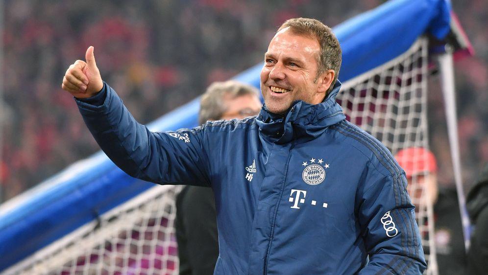 Hansi Flick holte mit dem FC Bayern in den letzten Monaten vier Titel. - Bildquelle: imago images/Sven Simon