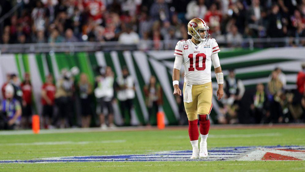 Bekam auch für die NFL-Saison 2021 das Vertrauen ausgesprochen: 49ers-Quarte... - Bildquelle: Getty Images