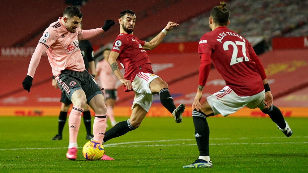 Oliver Burke erzielte Sheffields Siegtor beim 2:1-Erfolg im Old Trafford. - Bildquelle: getty