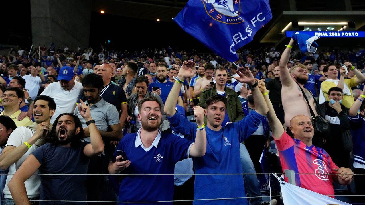 Gewinner: Die Fans im Stadion und vor dem Fernseher - Bildquelle: getty