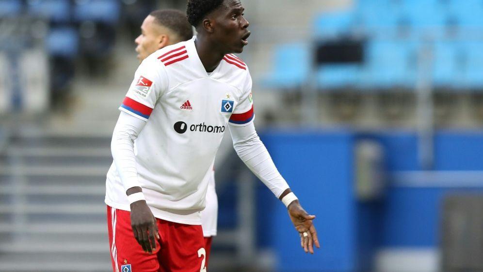 Amadou Onana verlässt den HSV in Richtung Lille - Bildquelle: FIROFIROSID