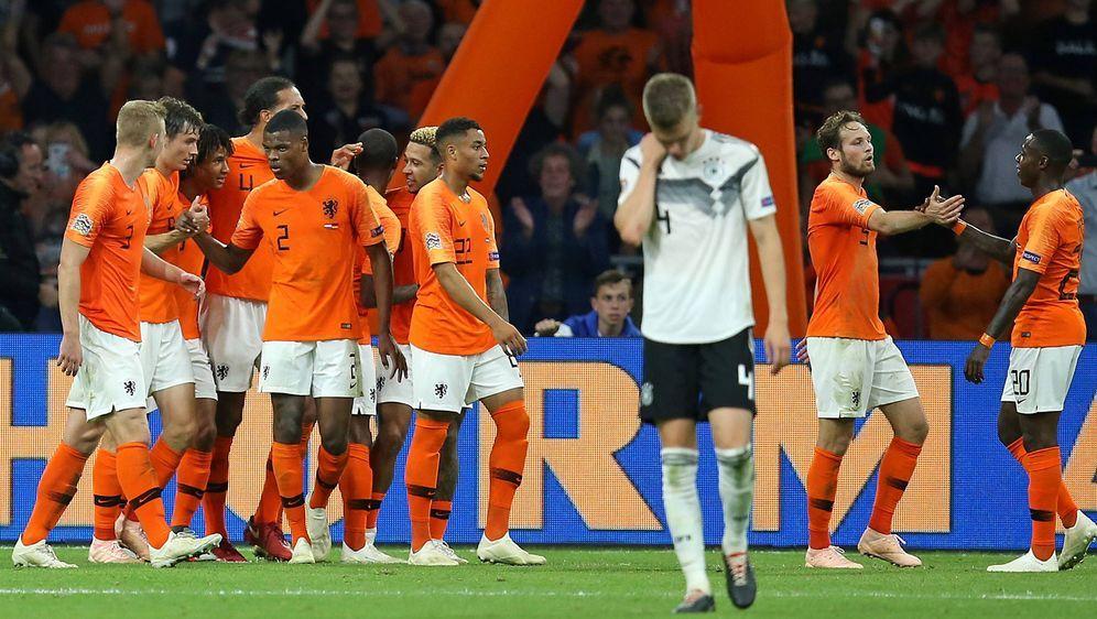 Die Oranjes im Aufschwung, die DFB-Auswahl im Umbruch: Zuletzt hatten die Ni... - Bildquelle: imago