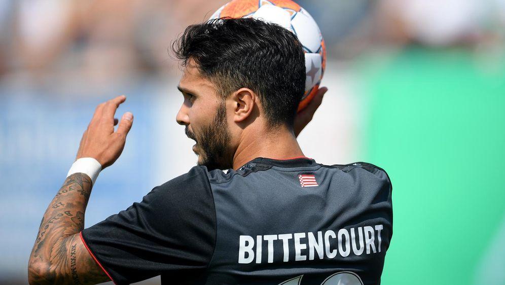 2. Liga live: Werder Bremen gegen Hannover 09 - so seht ihr das Topspiel am ... - Bildquelle: 2021 Getty Images