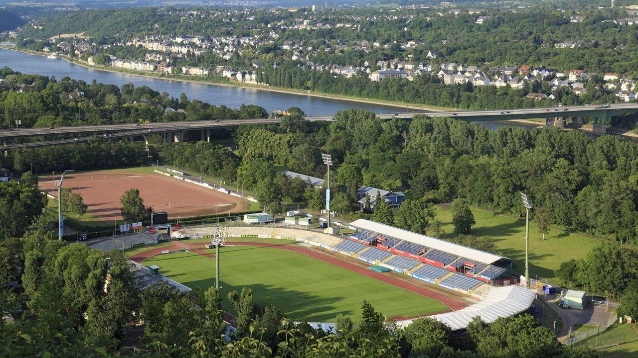 FC Rot-Weiß Koblenz - Jahn Regensburg - Bildquelle: imago stock&people