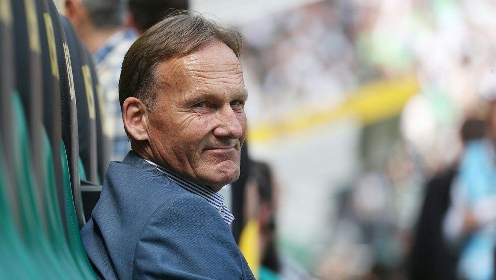 Watzke gratuliert den Bayern zur Meisterschaft - Bildquelle: FIROFIROSID