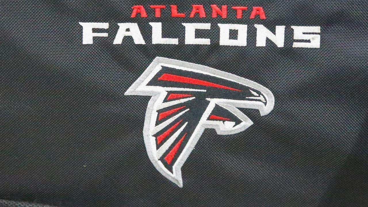 Ungebeten beim Falcons-Tryout: Ex-College-Spieler hereingelegt - Bildquelle: imago images/Icon SMI