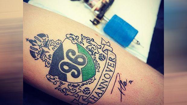 96-Fan lässt sich Füllkrug-Unterschrift tätowieren - Bildquelle: niclas.fuellkrug24/instagram