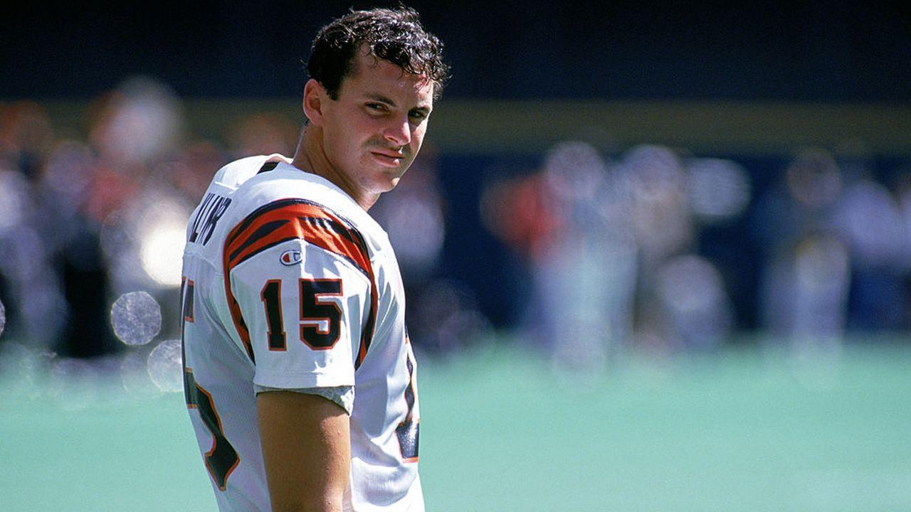 Die meisten Touchdown-Pässe in einem Spiel - Bildquelle: 1992 Getty Images