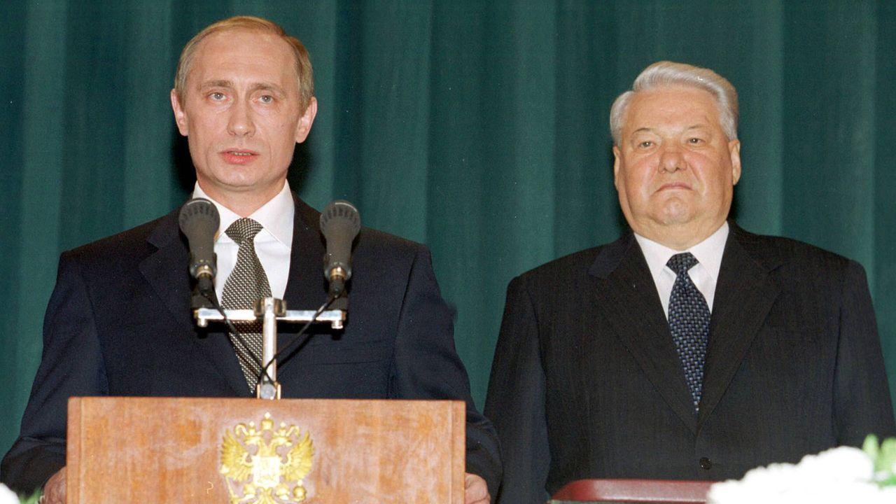 Wladimir Putin folgt auf Boris Jelzin - Bildquelle: imago images/ITAR-TASS