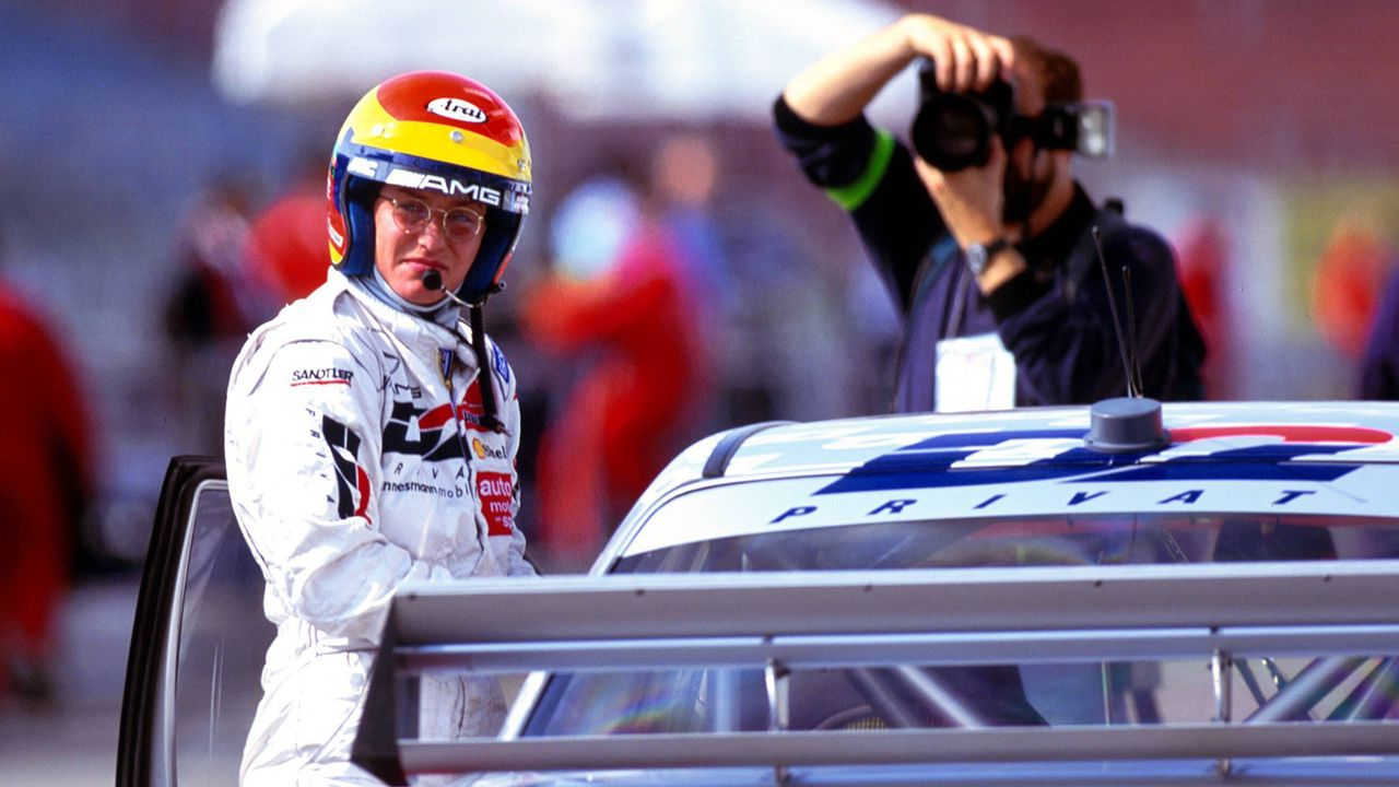 Ellen Lohr (DTM-Saisons 1987-1996, 145 Rennen, 1 Sieg) - Bildquelle: imago/Norbert Schmidt