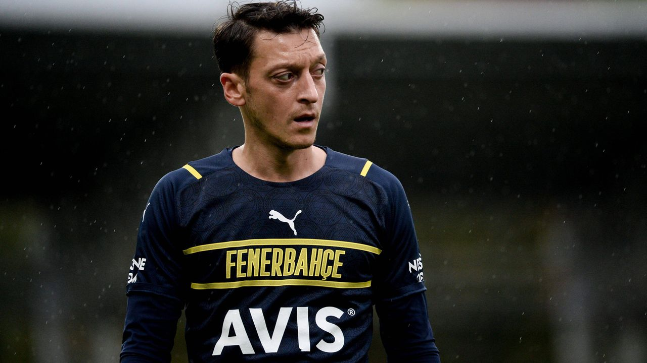 Mesut Özil (Fenerbahce Istanbul) - Bildquelle: imago images/Lehtikuva