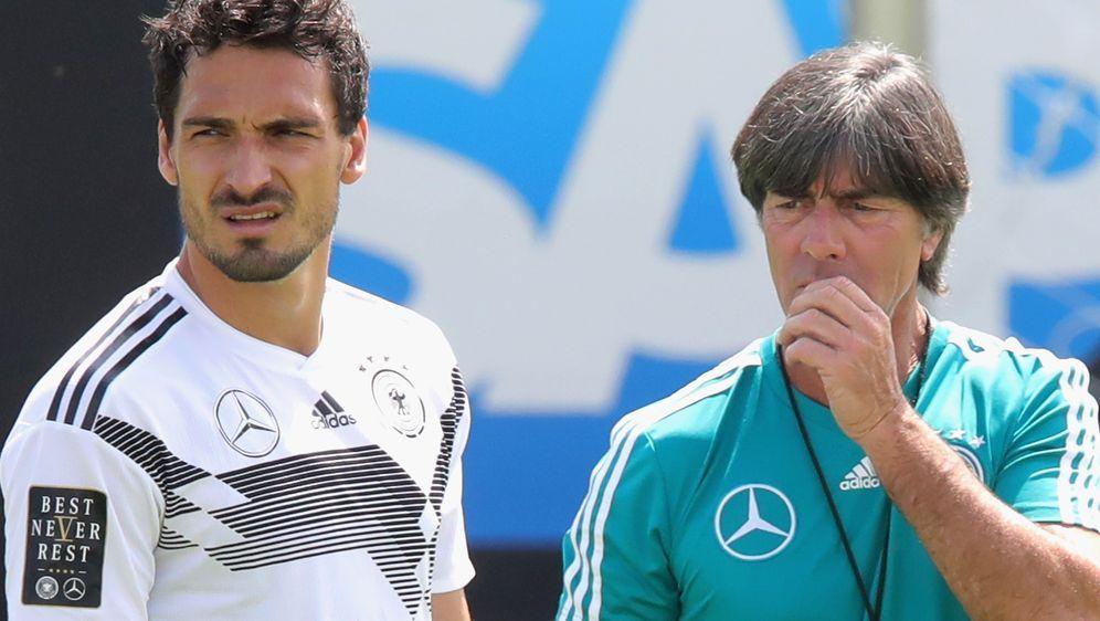 Kommen diese beiden Herren doch nochmal zusammen? Mats Hummels (l.) und Bund... - Bildquelle: 2018 Bongarts/Getty Images