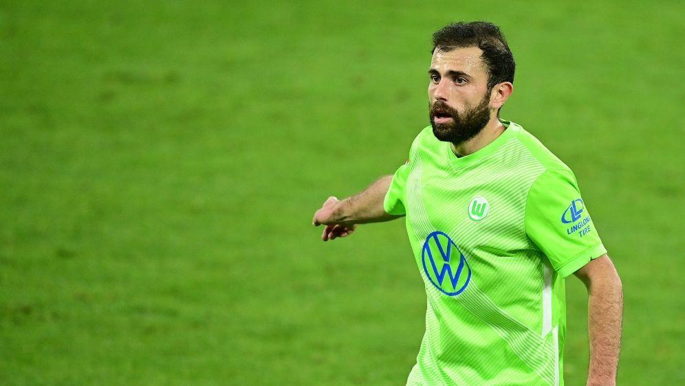 Wolfsburgs Admir Mehmedi fällt verletzt aus - Bildquelle: FIROFIROSID