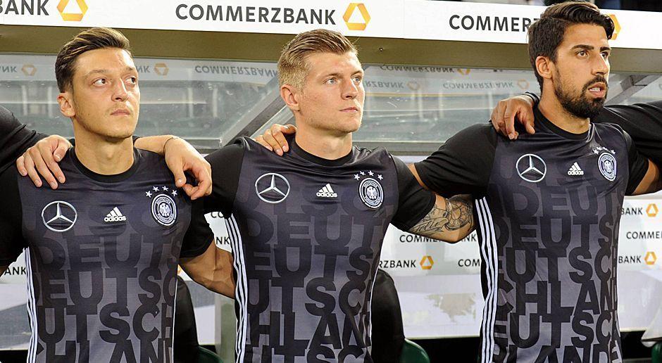 Die Gesetzten: Mesut Özil, Toni Kroos, Sami Khedira - Bildquelle: imago/Passage