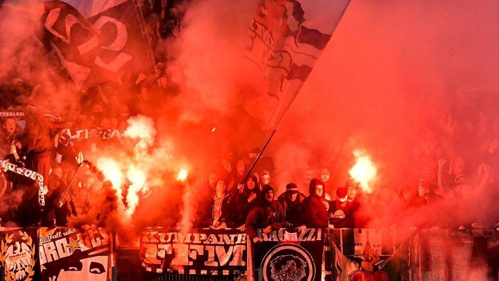 Eintracht Frankfurt muss 37.000 Euro Strafe zahlen - Bildquelle: PIXATHLONPIXATHLONSID