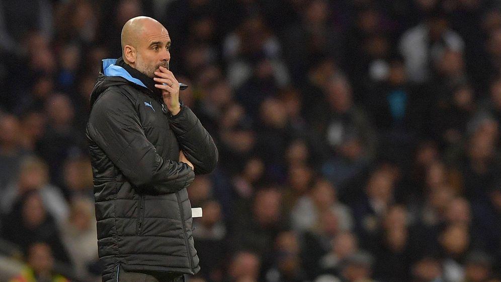England: Guardiola stellt sich hinter Manchester City - Bildquelle: imago