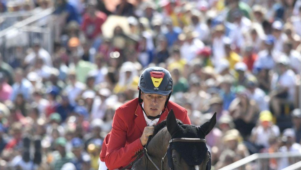 Ahlmann muss in Tokio auf sein Top-Pferd verzichten - Bildquelle: AFPSIDPHILIPPE LOPEZ