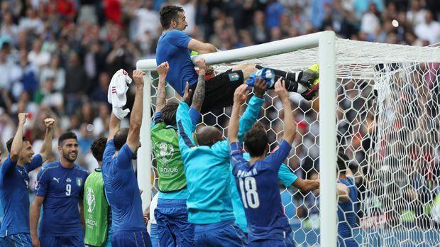 Italien vs. Spanien - Bildquelle: imago/Jan Huebner