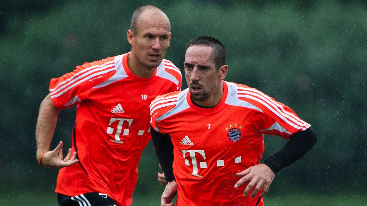 Arjen Robben vs. Franck Ribery - Bildquelle: 2012 Getty Images