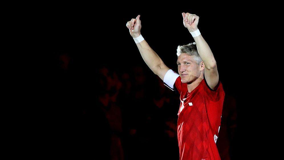 Abschied von der Fußball-Bühne: Bastian Schweinsteiger beendet seine Karrier... - Bildquelle: Getty Images