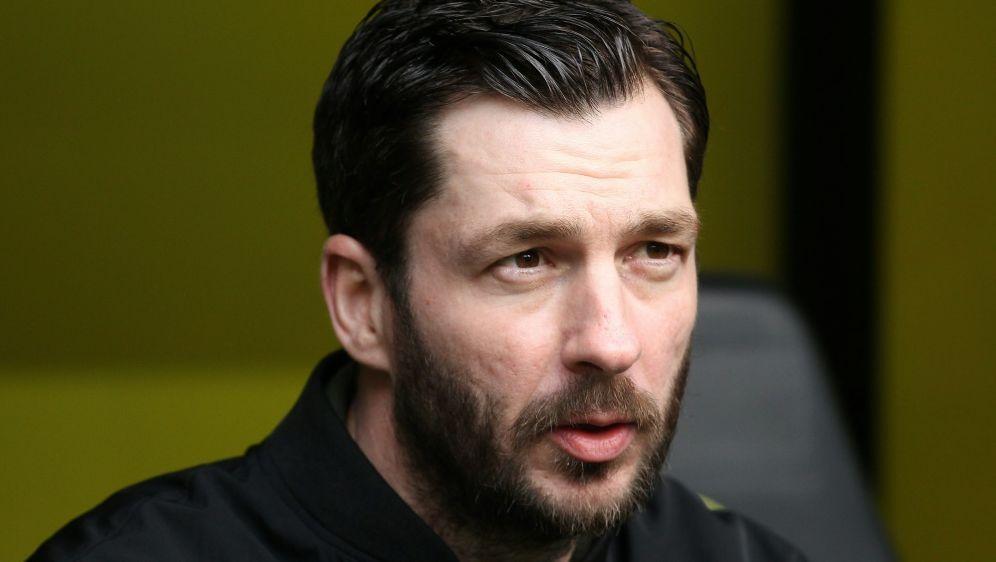 FSV-Trainer Sandro Schwarz hat große Verletzungssorgen - Bildquelle: FIROFIROSID