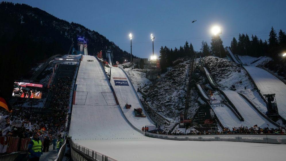 Oberstdorf ist der einzige Bewerber um die Skiflug-WM - Bildquelle: FIROFIROSID