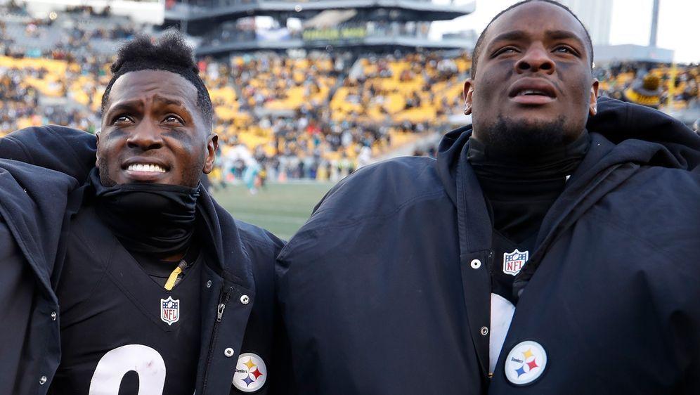 Antonio Brown (li.) und Le'Veon Bell während ihrer Zeit bei den Steelers. - Bildquelle: 2017 Getty Images
