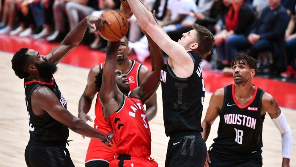 Hartenstein zeigte ein starkes Spiel für die Rockets - Bildquelle: AFPSIDKAZUHIRO NOGI