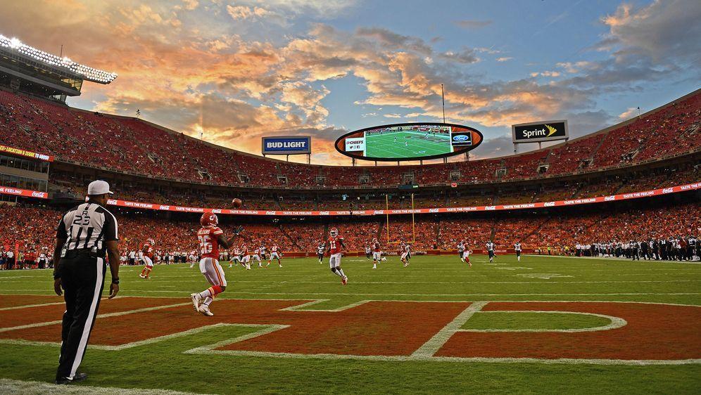 Der bekannte NFL-Spieltag könnte in dieser Saison um einen Tag erweitert wer... - Bildquelle: 2018 Peter G. Aiken