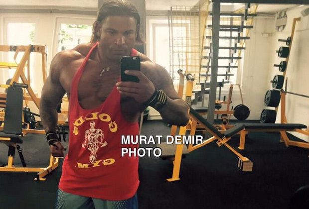 Neues von Tim Wiese - Bildquelle: Facebook / Murat.Demir.MrOlympia
