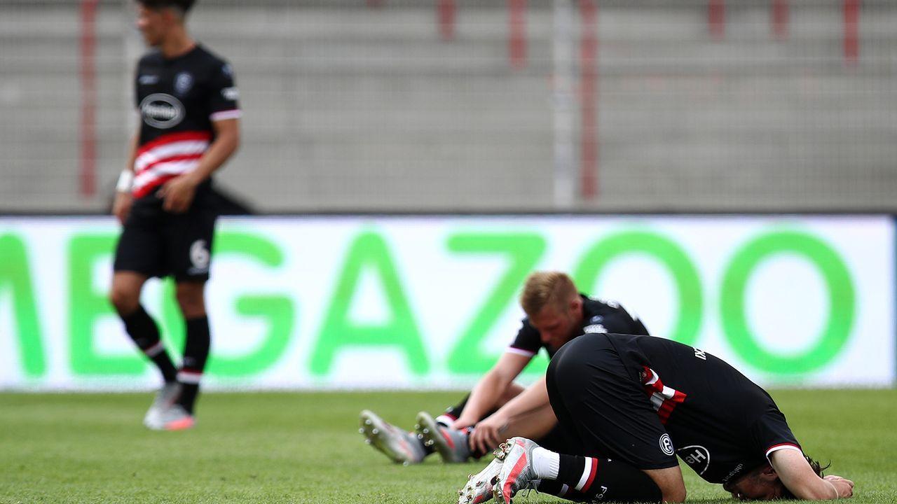 90. Minute: Abullahi besiegelt Fortunas Abstiegs - Bildquelle: Getty Images