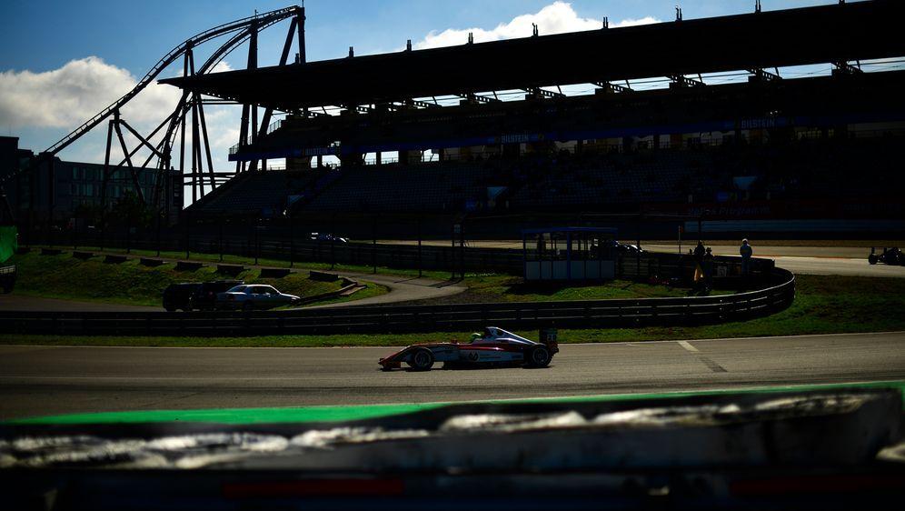 Die Tickets für den Nürburgring sind heiß begehrt - Bildquelle: Getty