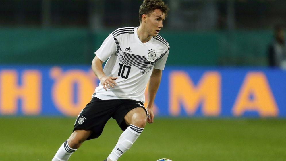 Erzielte zwei Treffer gegen Polen: Luca Waldschmidt - Bildquelle: AFPSIDLEON KUEGELER