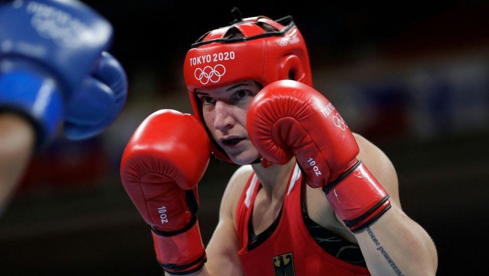 Nadine Apetz hängt die Boxhandschuhe an den Nagel - Bildquelle: AFPSIDUESLEI MARCELINO