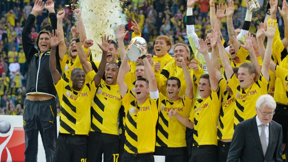 fussball - dortmund bereits fünfmal supercup-gewinner