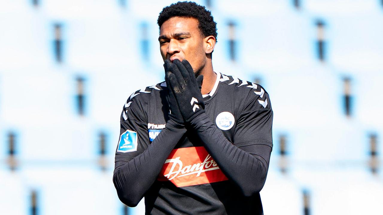 Wirbel um Ex-Schalker Wright: Transfer vermeldet, aber Klub weiß von nix  - Bildquelle: Imago Images
