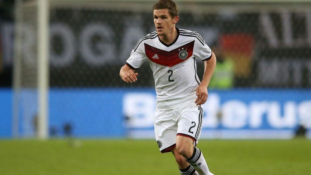 2014 absolvierte er sein erstes und einziges Länderspiel - Bildquelle: FIROFIROSID