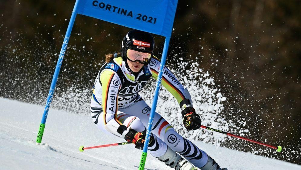 Emma Aicher wird deutsche Meisterin im Slalom - Bildquelle: AFPSIDFABRICE COFFRINI