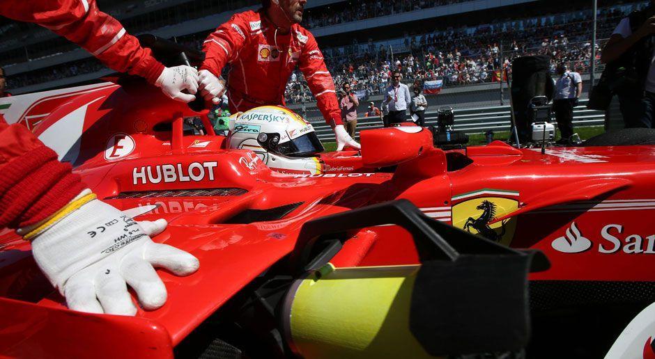 Platz 1: Scuderia Ferrari - Bildquelle: imago/HochZwei