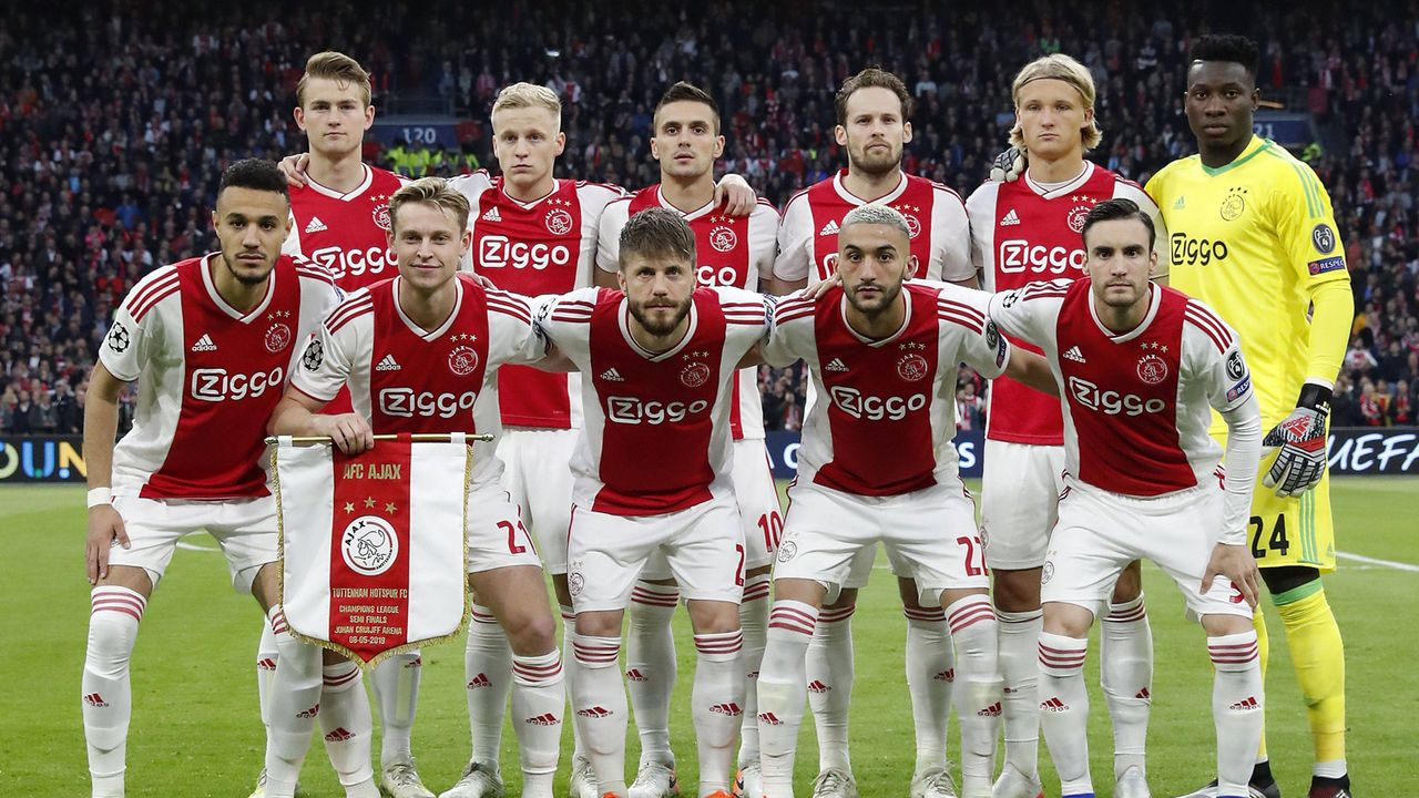 Bei Ajax Amsterdam droht der Ausverkauf - Bildquelle: imago images / VI Images
