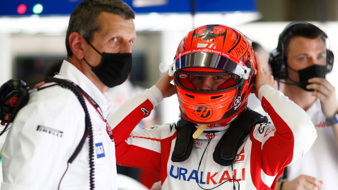 Günther Steiner (Teamchef Haas F1) - Bildquelle: imago images/Motorsport Images