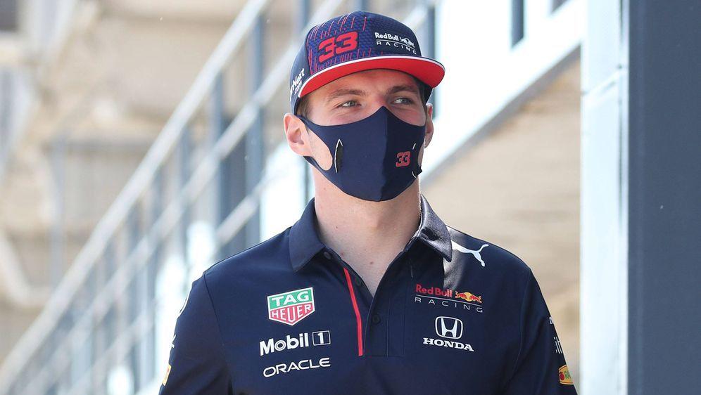 Max Verstappen musste nach seinem Crash ins Krankenhaus. - Bildquelle: Imago