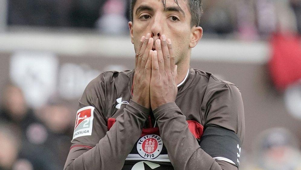 Sami Allagui muss den FC St. Pauli verlassen - Bildquelle: PIXATHLONPIXATHLONSID