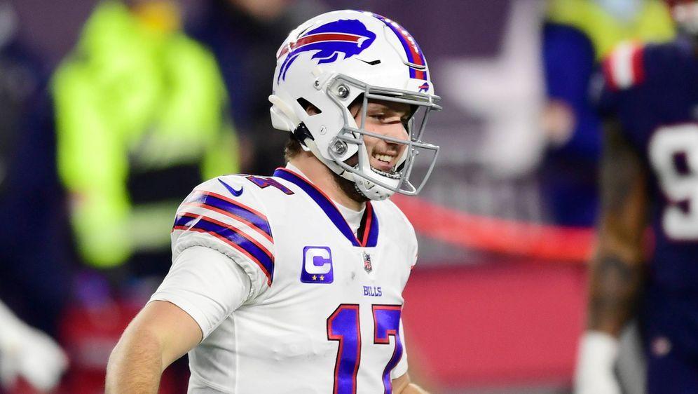 Will sich zunächst nicht impfen lassen: Bills-Quarterback Josh Allen. - Bildquelle: getty