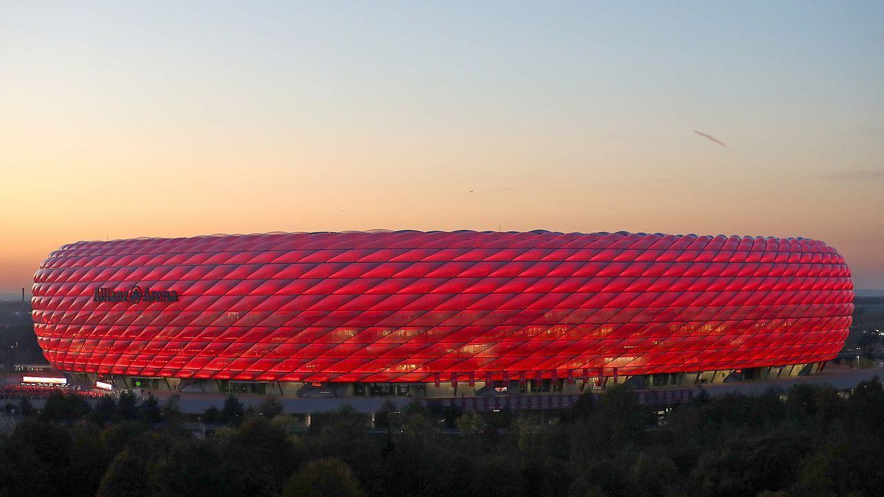 Platz 2: FC Bayern München - Allianz Arena - Bildquelle: Getty