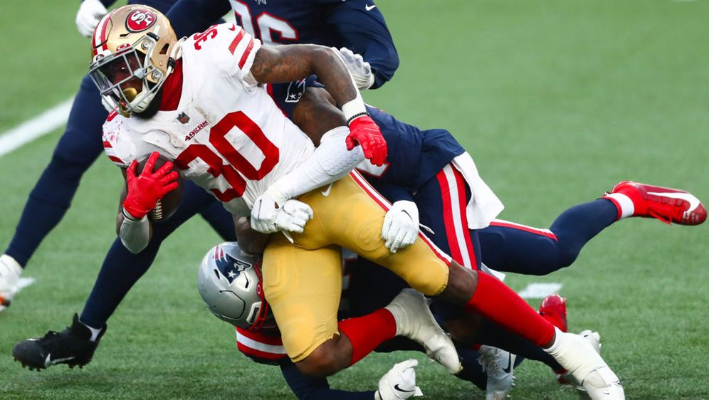 Jeff Wilson und die San Francisco 49ers waren gegen die New England Patriots... - Bildquelle: 2020 Getty Images