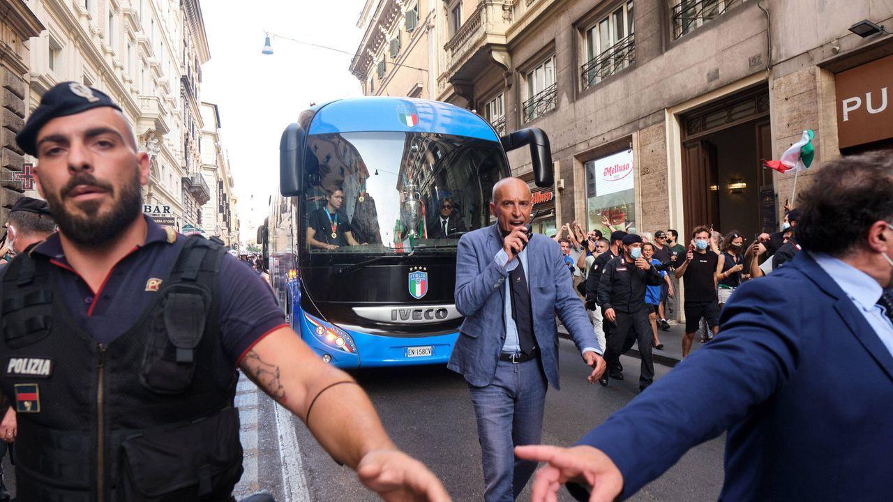 Der Präsident wartet schon - Bildquelle: imago images/LaPresse