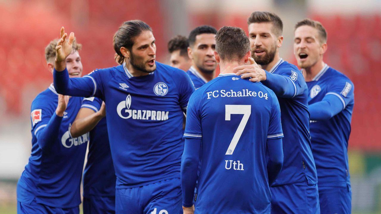Platz 9: FC Schalke 04 - Durchschnittlicher Tabellenplatz der Gegner: 9,3 - Bildquelle: getty