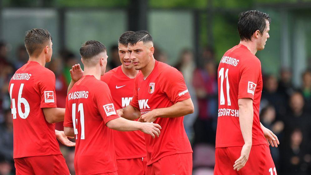 FC Augsburg gewinnt das Blitzturnier in Heimstetten. - Bildquelle: Getty Images