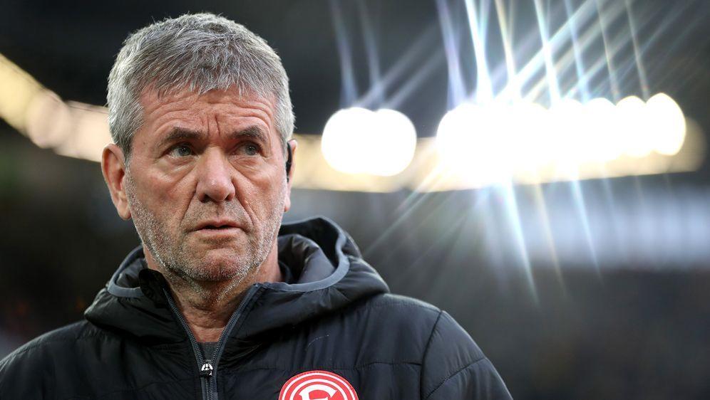 Fortuna Düsseldorf hat sich von Trainer Friedhelm Funkel (Bild) getrennt. - Bildquelle: Getty Images
